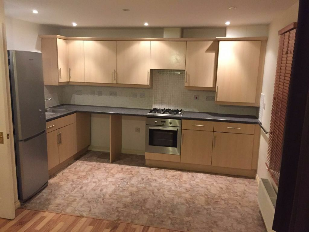 Very nice and clean 2 bedroom flat in Chadweel Heath