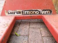 Clarke Strong-Arm Pallet Truck