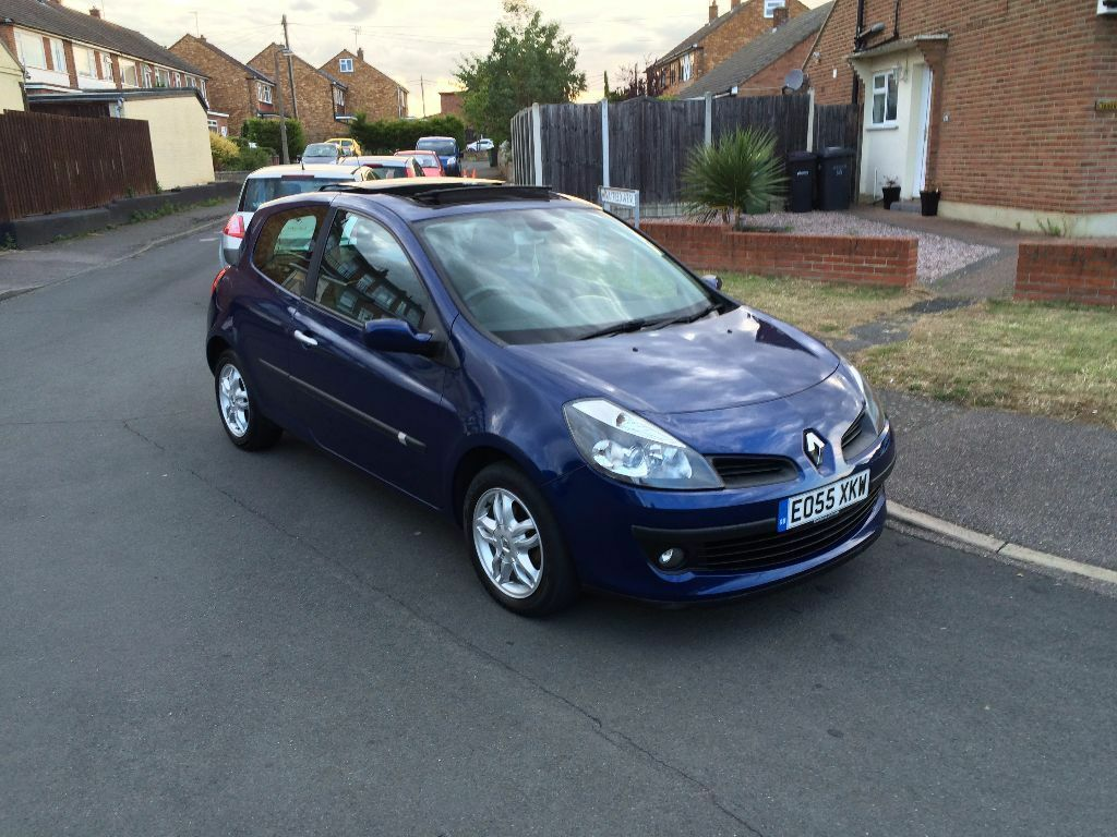 renault clio dynamique 1 4 excellent condition high spec in rayleigh essex gumtree. Black Bedroom Furniture Sets. Home Design Ideas