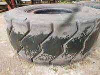 Michelin XZM 315/70R15 Forklift Tyres