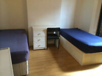 Twin room in a great condition house in South Tottenham