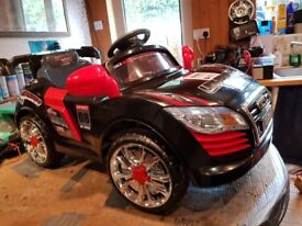 12 volt Audi sport electric ride on 'as new'