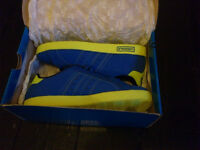 Mens/Boys Lonsdale Trainers Size 8