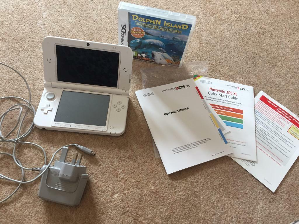 White Nintendo 3DS XL and one game | in Cramlington, Northumberland |  Gumtree