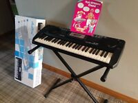 ELECTRONIC KEYBOARD WITH STAND AND BEGINNER BOOK - GREAT CONDITION IN BOX