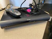 SKY PLUS HD 2TB BOX REMOTE & CABLES