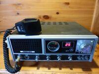 CB RADIO --PRESIDENT KP-77 WITH ORIGINAL MIC.