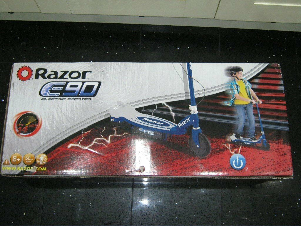 Razor E90 electric scooter Brand new