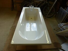 New bath (fibreglass) with new monoblock tap