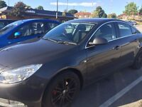 Saloon Vauxhall Insignia 1.8 L for Sale !
