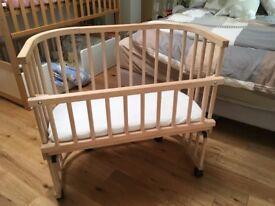 Babybay Bedside Cot with castors and side bar for bassinet conversion