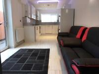5 bedroom house in Moy Road, Roath, Cardiff, CF24 4TF