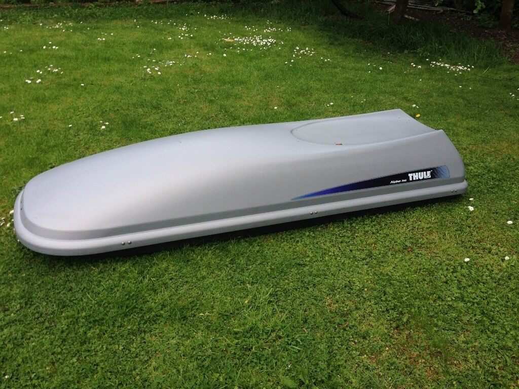 Thule Alpine 700 Roof Box In Marlow Buckinghamshire