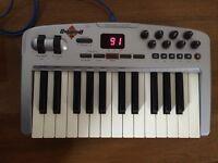 M-Audio Oxygen 8 v2 Dynamic MIDI keyboard