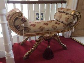 Pretty Scroll Ended Chaise Longue Chair