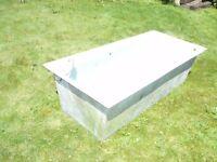 Fibreglass fish tank or water tank