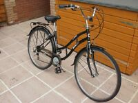 Ladies Bicycle for Sale, Very Good Condition with rear pannier / bag