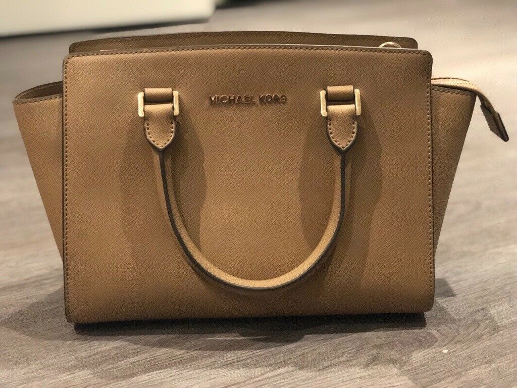 631bf947a2df Michael kors handbags