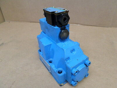 Vickers Dg4v-3s-2a-m-fw-b5-60 W Directional Control Valve