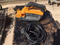 JCB Professional Planer 230v with good blades