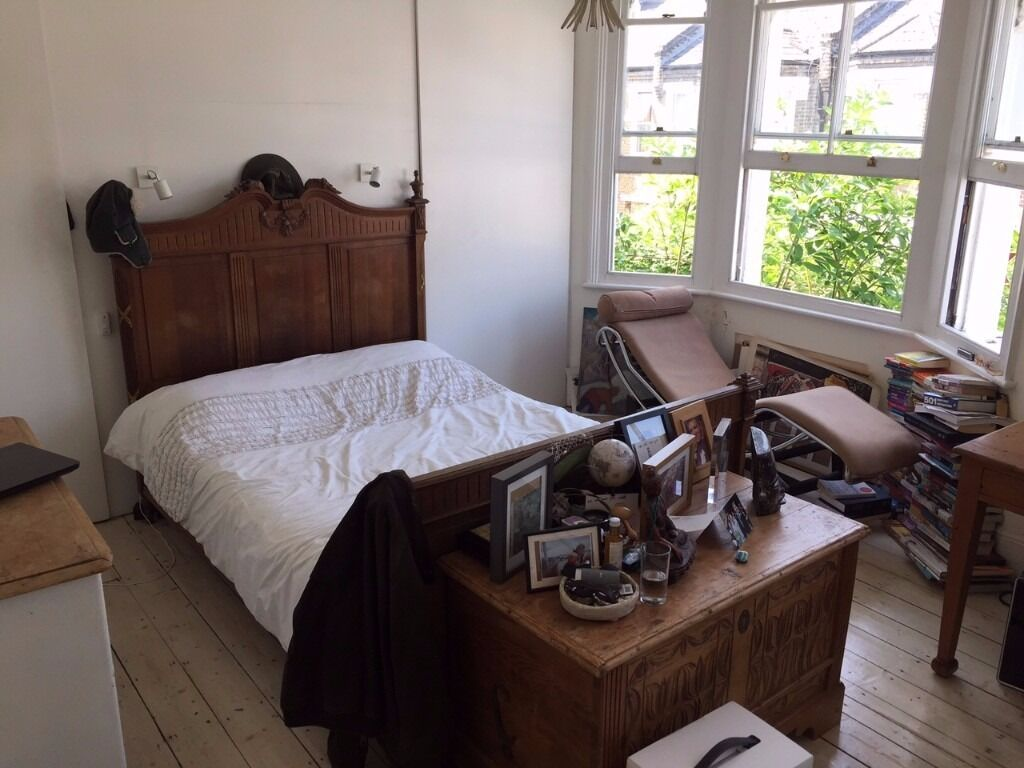 Short term room to let in Camberwell - July