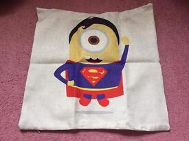 Minion cushion case