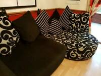 Excellent condition sofa set pet and smoke free home. Hardly been used.