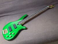 Yamaha electric bass, Hartke amp and accessories