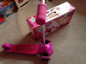 Ozbozz pink scooter with box ideal for Christmas