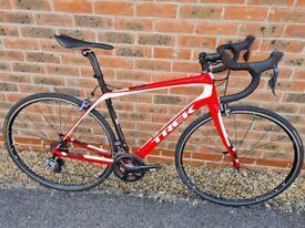 Trek Domane 5.9 Full Carbon Road Bike - 11 Speed Ultegra Di2 - 54cm Frame
