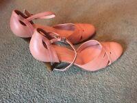Pair Peach wedding shoes. Size 38.Salvatore & Salvatore