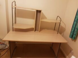 Desk in GREAT condition (for sale ASAP)