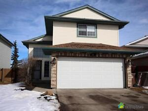 $415,000 - Split Level for sale in St. Albert