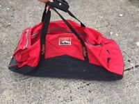 Malboro Duffle Bag In Red And Black