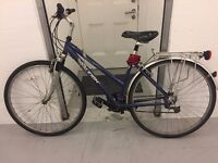RALEIGH HYBRID BIKE WITH LOCK AND FRONT & BACK LIGHTS INCLUDED!!!