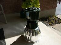 High pressure sodium grow lamp.