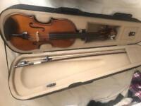 2x 4/4 full size violins