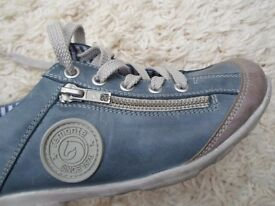 REMONTE LEATHER LADIES OR GIRLS TRAINERS SIZE 4 [37] SHOE VERY STYLISH WORN TWICE SUPER CONDITION