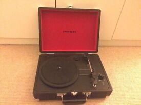 Crosley Cruiser Briefcase Style Three Speed Portable Vinyl Turntable Built-In Stereo Speakers Black
