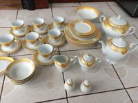 40 pcs Dinner set & Coffee set Teapot Plates Bowl Tureen