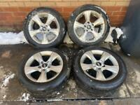 Hyundai I40 Blue Wheels for sale With very Good tyres