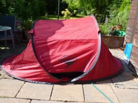 TENT.GELET QUICK PITCH TENT. ONLY £10