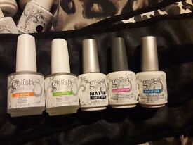 Authentic harmony Gelish 32 colours .4 roo beauty rolls And carry case for sale