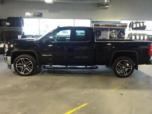 2014 GMC SIERRA 1500 4WD EXTENDED CAB SLE EDITION CARBONNE ROUE