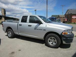 2011 Dodge Ram 1500 Sport Quad Cab 4WD Cambridge Kitchener Area image 4