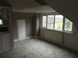 2 double bedroom flat to rent first floor unfurnished in Bushey