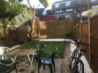 LOVELY SINGLE ROOM IN CAMDEN TOWN WITH GARDEN CLOSE TO KINGS CROSS