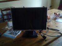 VGA Computer Monitor 19 inch