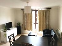 Double room in 2-bed flat. Central Oxford location.