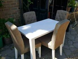 Gloss table and Chairs